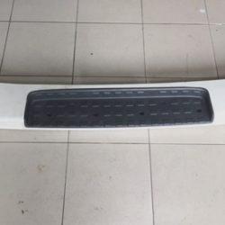 MB743903 Bumper Rear Mitsubishi Delica Van
